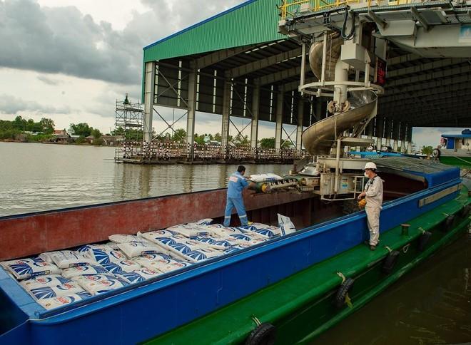 Phân bón Cà Mau (DCM) giảm xuất khẩu, tập trung vào thị trường nội địa