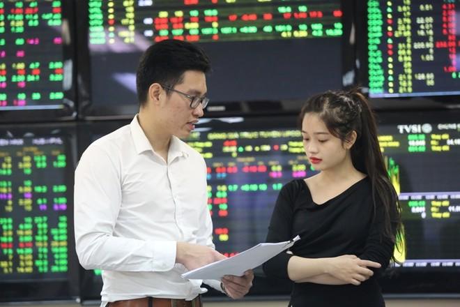 Khoảng rộng vùng lãi suất trái phiếu