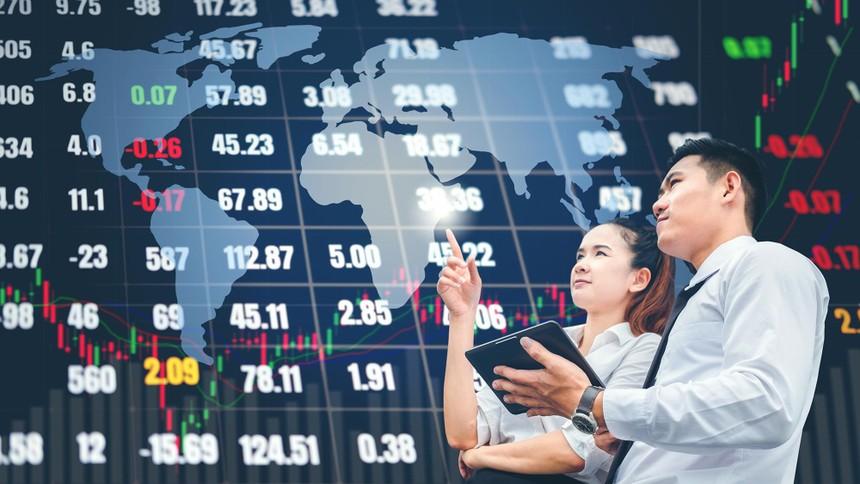 Các nhà đầu tư đang không được bảo vệ khi tham gia thị trường. Ảnh: Shutterstock.
