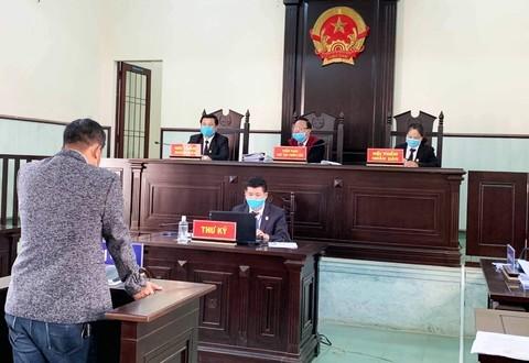 Đà Lạt: Đánh bảo vệ bệnh viện yêu cầu khai báo y tế, nhận án 9 tháng tù