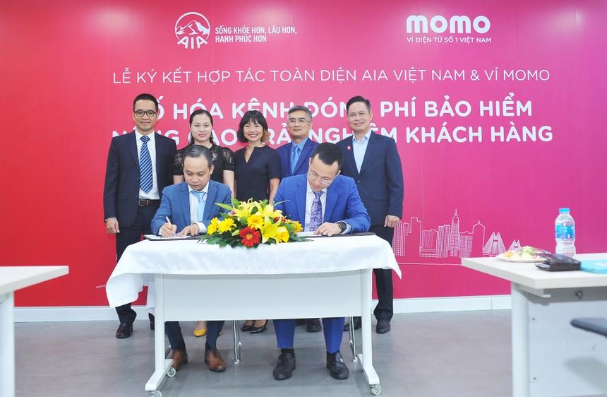 Ví MoMo bắt tay AIA hợp tác mở kênh đóng phí bảo hiểm