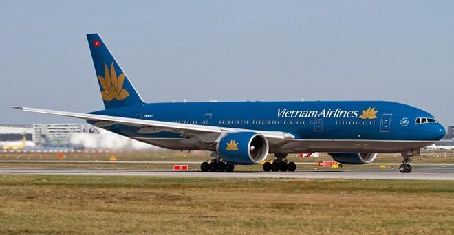 Vietnam Airlines bỏ phụ thu dịch vụ xuất vé khi mua vé trên website