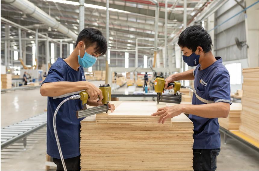 Sản xuất tại Công ty Tekcom