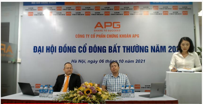 Ông Nguyễn Hồ Hưng Chủ tịch HĐQT APG chủ tọa tổ chức ĐHCĐ bất thường