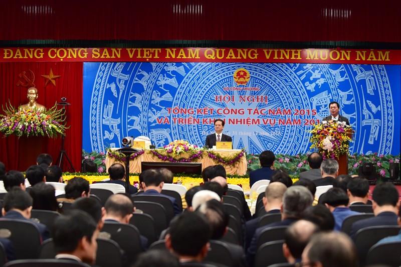 Thủ tướng Chính phủ Nguyễn Tấn Dũng dự Hội nghị tổng kết Bộ Công thương sáng 31/12/2015.