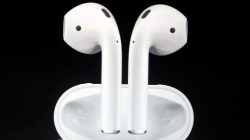Tai nghe AirPods của Apple sản xuất tại Trung Quốc. Ảnh: Apple.