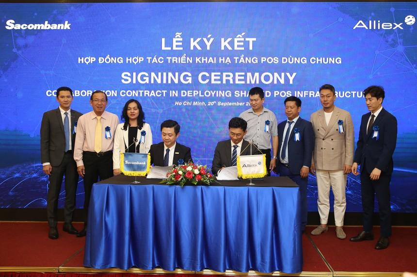 Sacombank và Công ty cổ phần Alliex Việt Nam hợp tác triển khai hạ tầng POS dùng chung