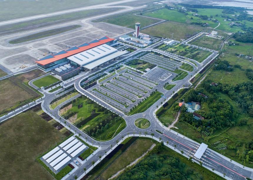 Sân bay quốc tế Vân Đồn – công trình hạ tầng giao thông điển hình do tư nhân xây dựng.