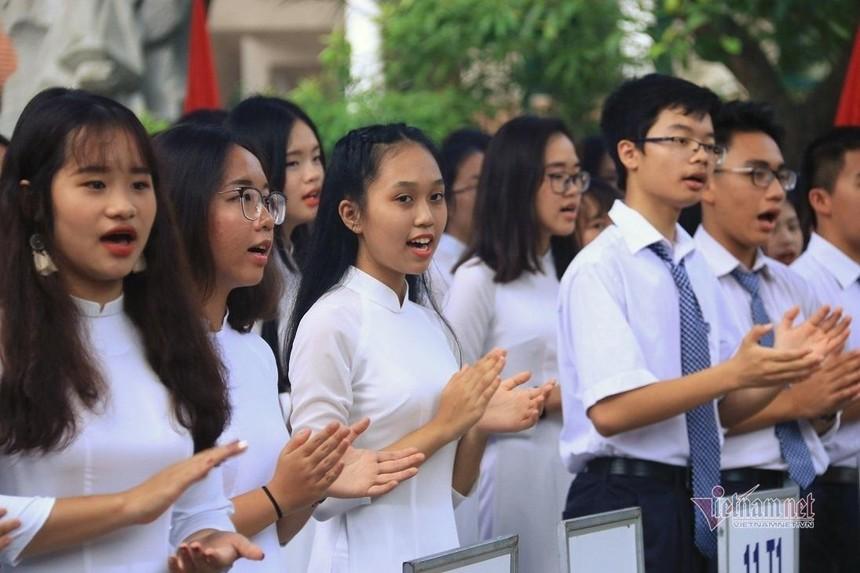 Học sinh TP.HCM nghỉ đến trường đến hết tháng 2.