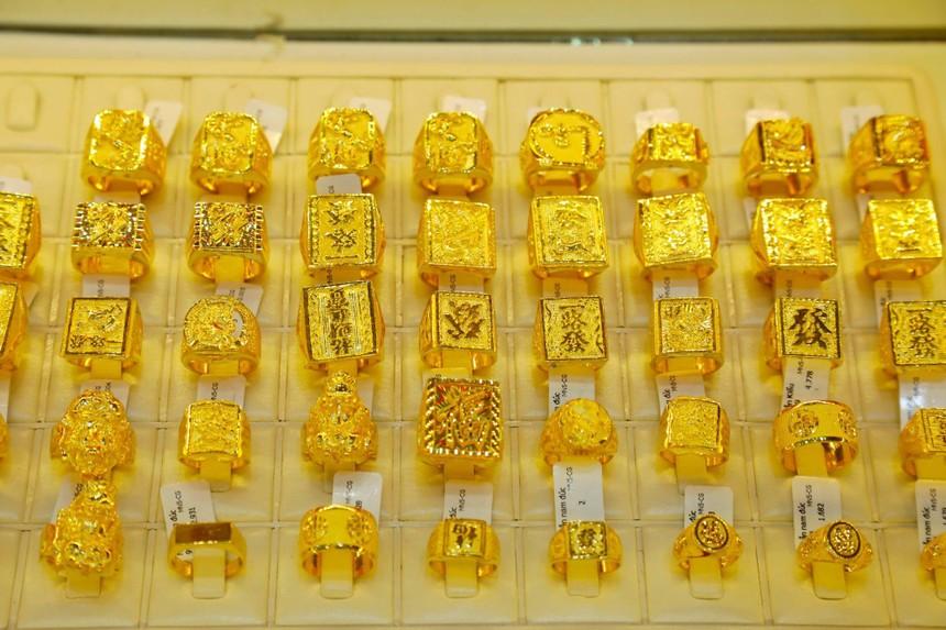 Giá vàng hôm nay ngày 4/3: Giá vàng giảm sốc trở lại