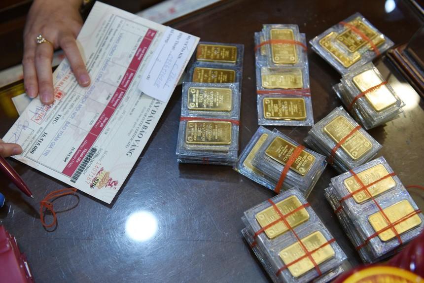 Giá vàng hôm nay ngày 6/3: Giá vàng trong nước cao hơn thế giới 8 triệu đồng/lượng