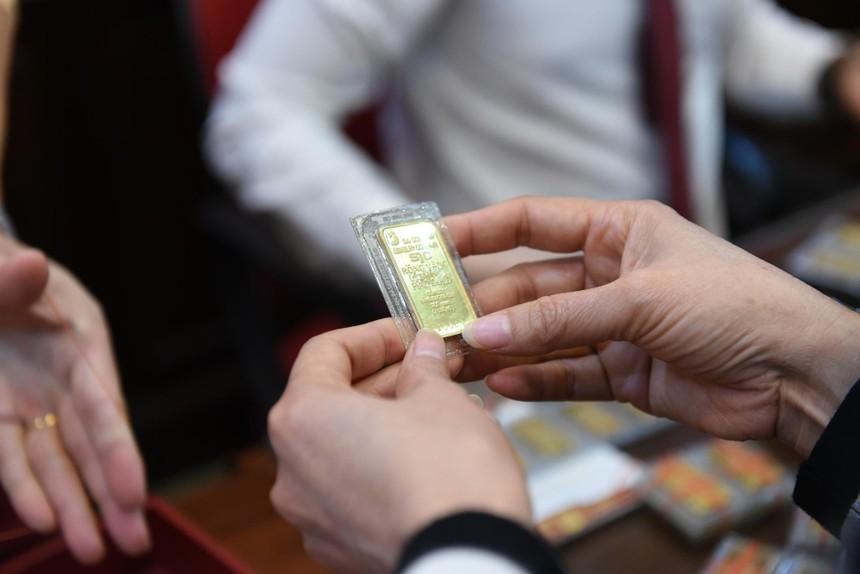 """Giá vàng hôm nay ngày 19/9: Tuần qua, giá vàng """"bốc hơi"""" hơn 600.000 đồng/lượng"""