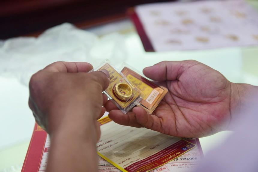 Giá vàng hôm nay ngày 3/10: Tuần qua, giá vàng đã tăng 200.000 đồng/lượng