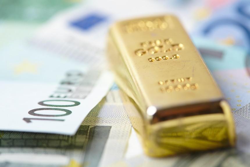 Giá vàng hôm nay ngày 6/10: Giá vàng trong nước mất 150.000 đồng/lượng