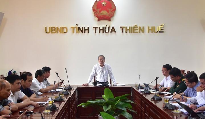 Chủ tịch UBND tỉnh Thừa Thiên Huế Phan Ngọc Thọ phát biểu chỉ đạo tại buổi họp.
