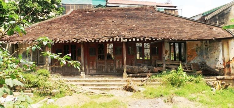 Di tích lịch sử Ưng Bình tại Châu Hưng Viên - xã Phú Thượng, huyện Phú Vang, tỉnh Thừa Thiên Huế.