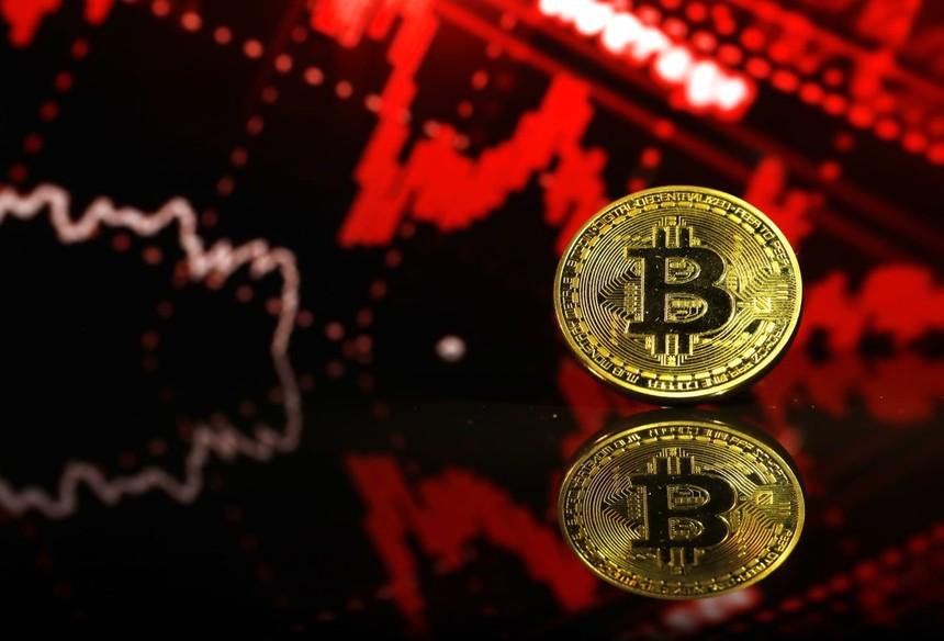 Bitcoin giảm giá sốc, 50% trong 2 phiên