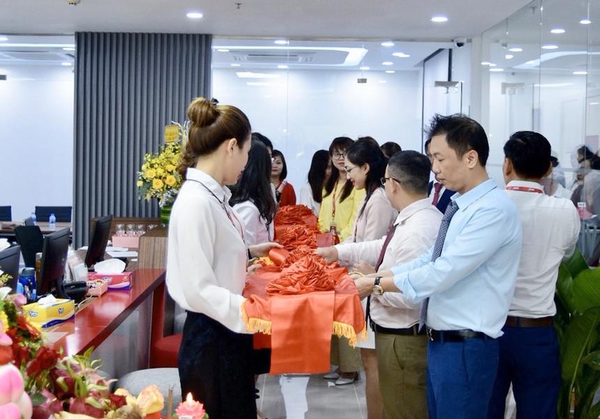 VPS khai trương phòng giao dịch mới tại TP.HCM