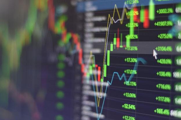 Miễn phí giao dịch chứng khoán, nhà đầu tư theo danh mục hưởng lợi lớn