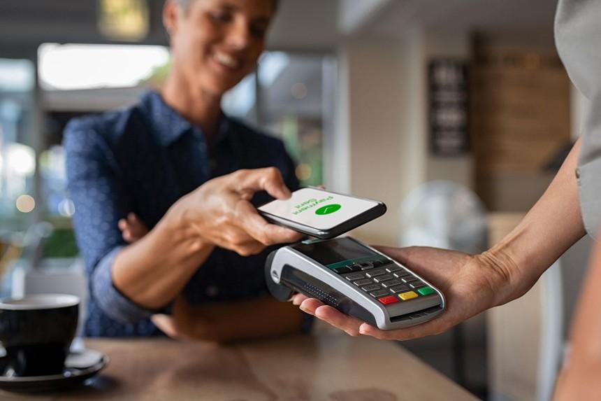 Chuyển đổi số không phải là đũa thần đưa hệ thống ngân hàng Việt Nam lên mức độ cao với ngành tài chính thế giới