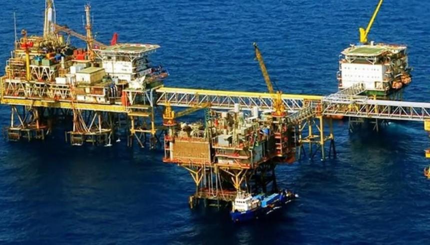 Giá dầu giảm do lo ngại tăng trưởng kinh tế giảm