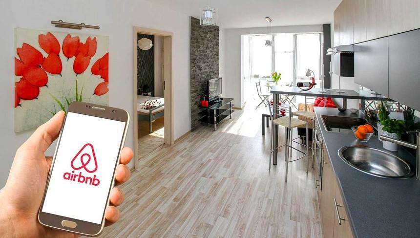 """Hai tháng sau khi niêm yết, """"kỳ lân"""" Airbnb báo lỗ ròng gần 4 tỷ USD trong quý IV/2020"""