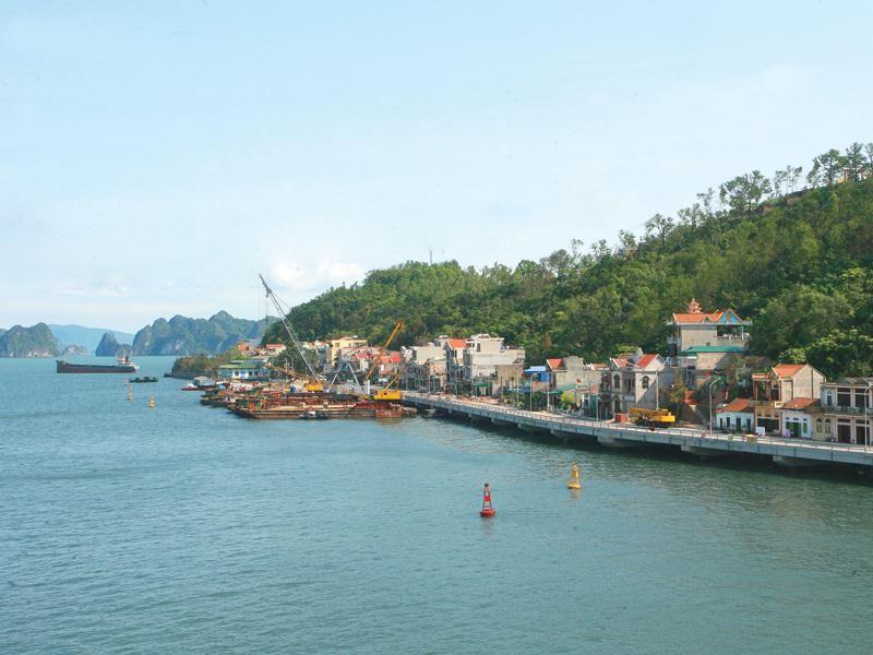 Vân Đồn - một trong 3 đặc khu đang được Việt Nam xây dựng.