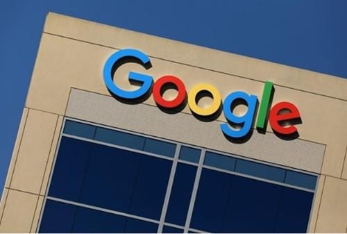 Logo Google tại văn phòng công ty ở California. Ảnh: Reuters