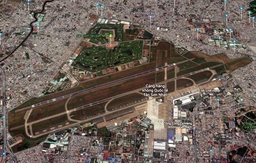 Sân bay Tân Sơn Nhất nhìn từ trên cao. Ảnh: Google maps.