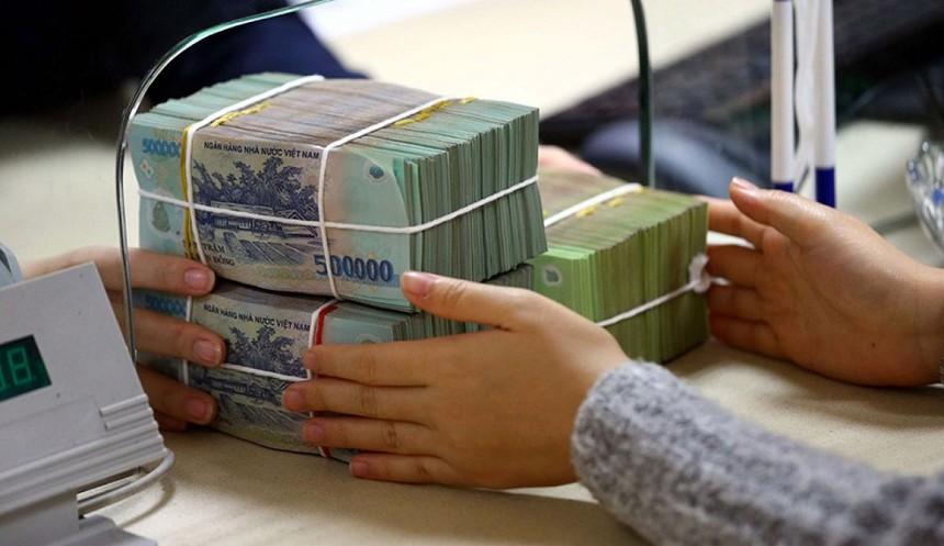 Ngân hàng thừa tiền là nguyên nhân chính khiến lãi suất trái phiếu chính phủ giảm.