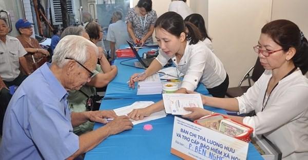 Lãnh đạo Đà Nẵng xin nghỉ hưu trước tuổi được hỗ trợ đến 200 triệu đồng
