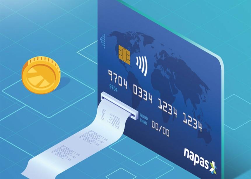 Việc thực hiện chuyển đổi thẻ từ sang thẻ chip sẽ được các ngân hàng thực hiện theo lộ trình kể từ 1/1/2019.