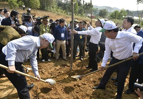 Tổng bí thư, Chủ tịch nước Nguyễn Phú Trọng phát động Tết trồng cây 2019. Ảnh: VGP.