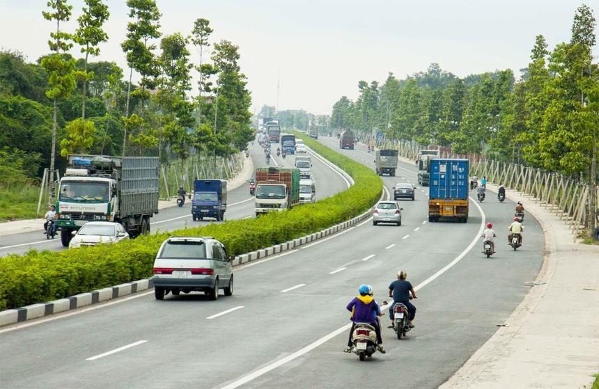 Cơ sở hạ tầng, giao thông vận tải Bình Dương được đẩy mạnh là cú hích rất lớn đối với thị trường bất động sản Tân Phước Khánh.