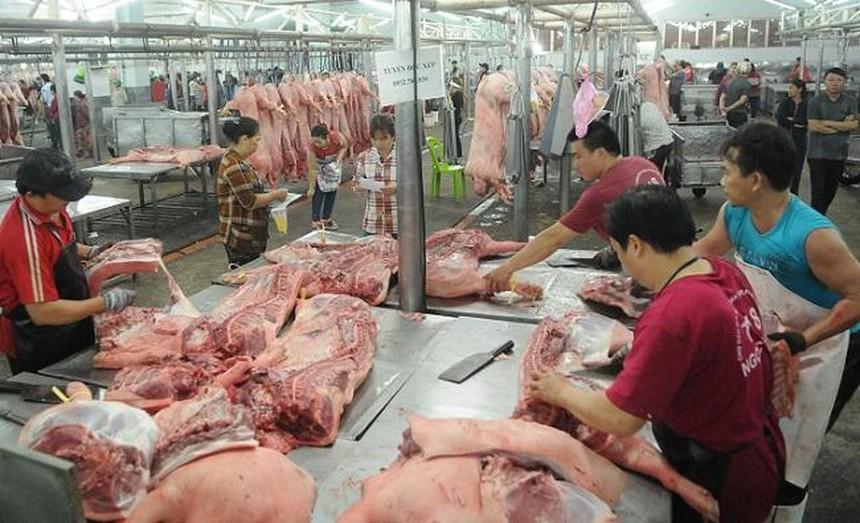 Dịch tả lợn châu Phi buộc phải tiêu huỷ 5,2 triệu con lợn khiến nguồn cung thịt lợn trong nước dần khan hiếm, đẩy giá tăng mạnh. Ảnh Internet