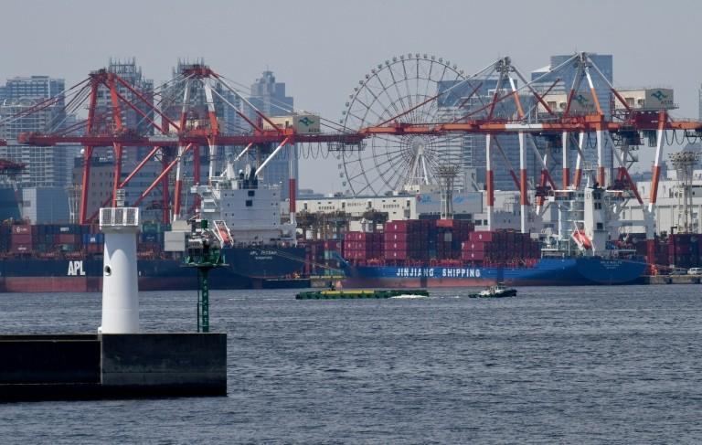 Xuất khẩu của Nhật Bản trong tháng 9 giảm 5,2% so với cùng kỳ năm ngoái, do các mặt hàng xuất khẩu chủ chốt sang Mỹ, Hàn Quốc giảm mạnh. Ảnh: AFP.