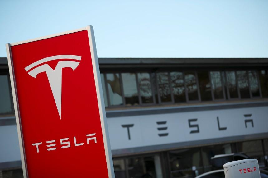 Tesla vượt GM trở thành nhà sản xuất ôtô lớn nhất tại Mỹ