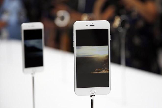 iPhone 9 về cơ bản là một chiếc iPhone 8 thời hiện đại. Ảnh: Reuters