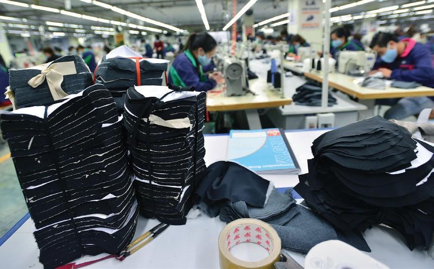 Trung Quốc là nguồn cung nguyên liệu chủ lực của nhiều doanh nghiệp da giày.