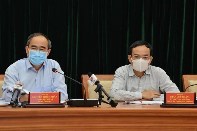 Bí thư Thành ủy TP.HCM Nguyễn Thiện Nhân cho rằng, thành phố cần cố gắng không để vượt quá 150 ca nhiễm Covid-19 (ảnh: Trung tâm Báo chí TP.HCM).