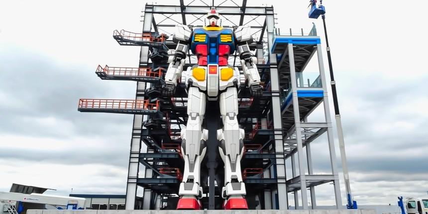Nhật Bản chế tạo robot khổng lồ cao gần 20 m có thể tự bước đi, di chuyển