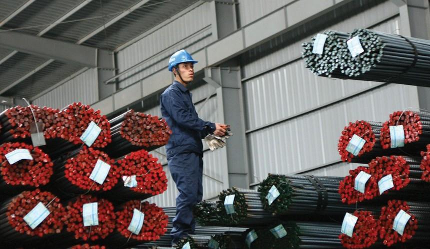 Doanh nghiệp thép vẫn đối mặt với nhiều khó khăn, nhất là giá nguyên liệu đầu vào tăng cao. Ảnh: Dũng Minh.
