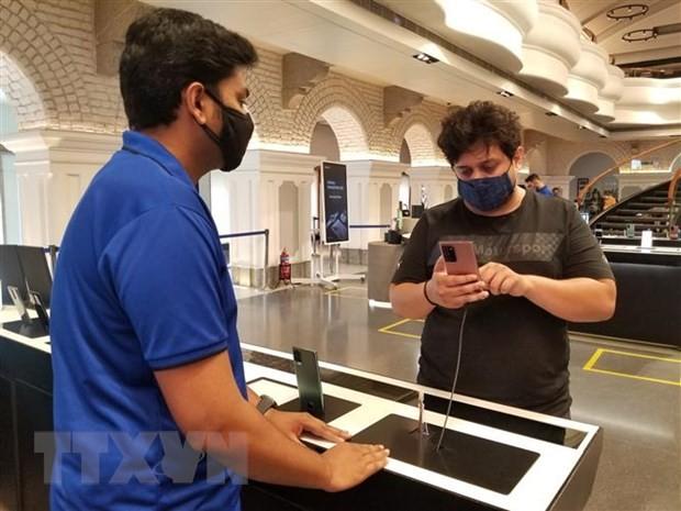 Mẫu điện thoại Galaxy Note 20 được giới thiệu tại Bangalore, Ấn Độ. (Ảnh: Yonhap/TTXVN).