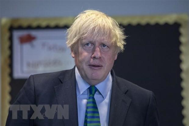 Thủ tướng Anh Boris Johnson tại một sự kiện ở Coalville. (Ảnh: AFP/TTXVN)