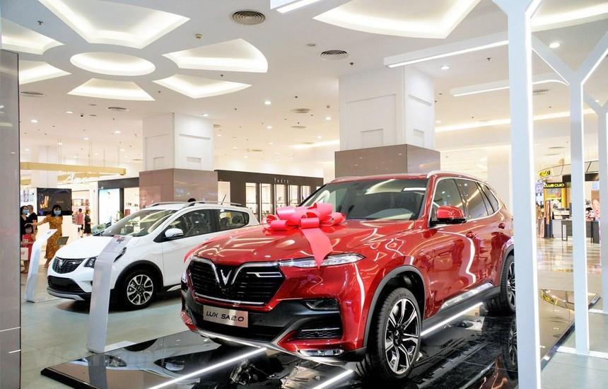 VinFast tổng kết năm 2020 với doanh số khá ấn tượng: 29.485 chiếc xe ôtô được bán ra. (Ảnh: PV/Vietnam+).