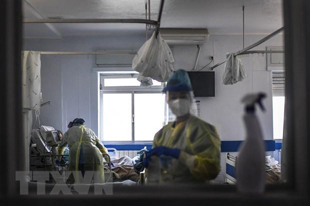 Các bệnh nhân COVID-19 tại Lisbon. (Ảnh: AFP/TTXVN).