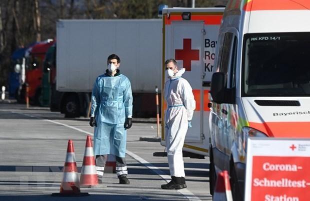 Một điểm xét nghiệm COVID-19 ở Kiefersfelden gần biên giới Đức và Áo, ngày 14/2 vừa qua. (Ảnh: AFP/TTXVN).