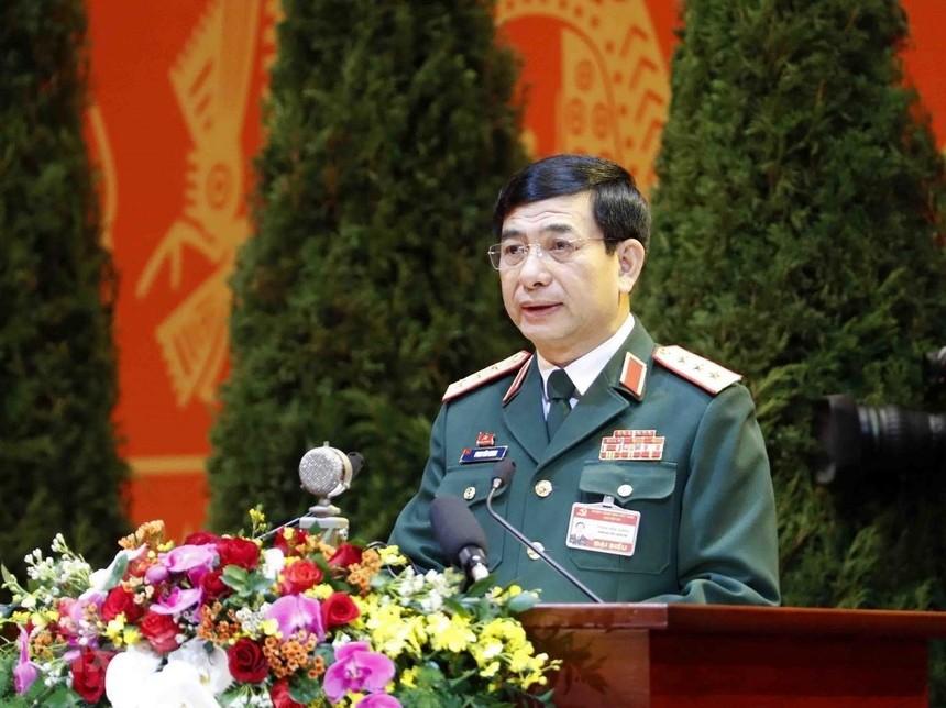 Thượng tướng Phan Văn Giang.
