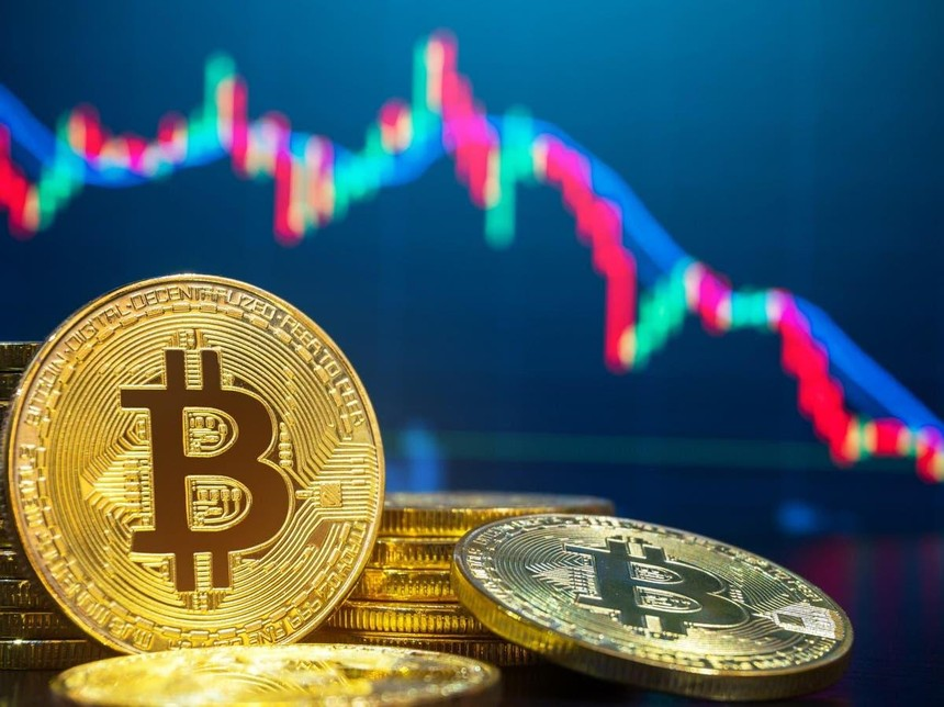 Giá Bitcoin hôm nay ngày 8/4: Bitcoin sụt giảm xuống khoảng 56.000 USD, thị trường chìm trong sắc đỏ