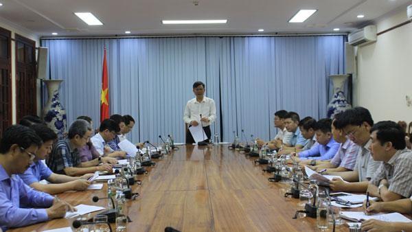 Chủ tịch UBND tỉnh Quảng Bình Trần Thắng chủ trì buổi làm việc.